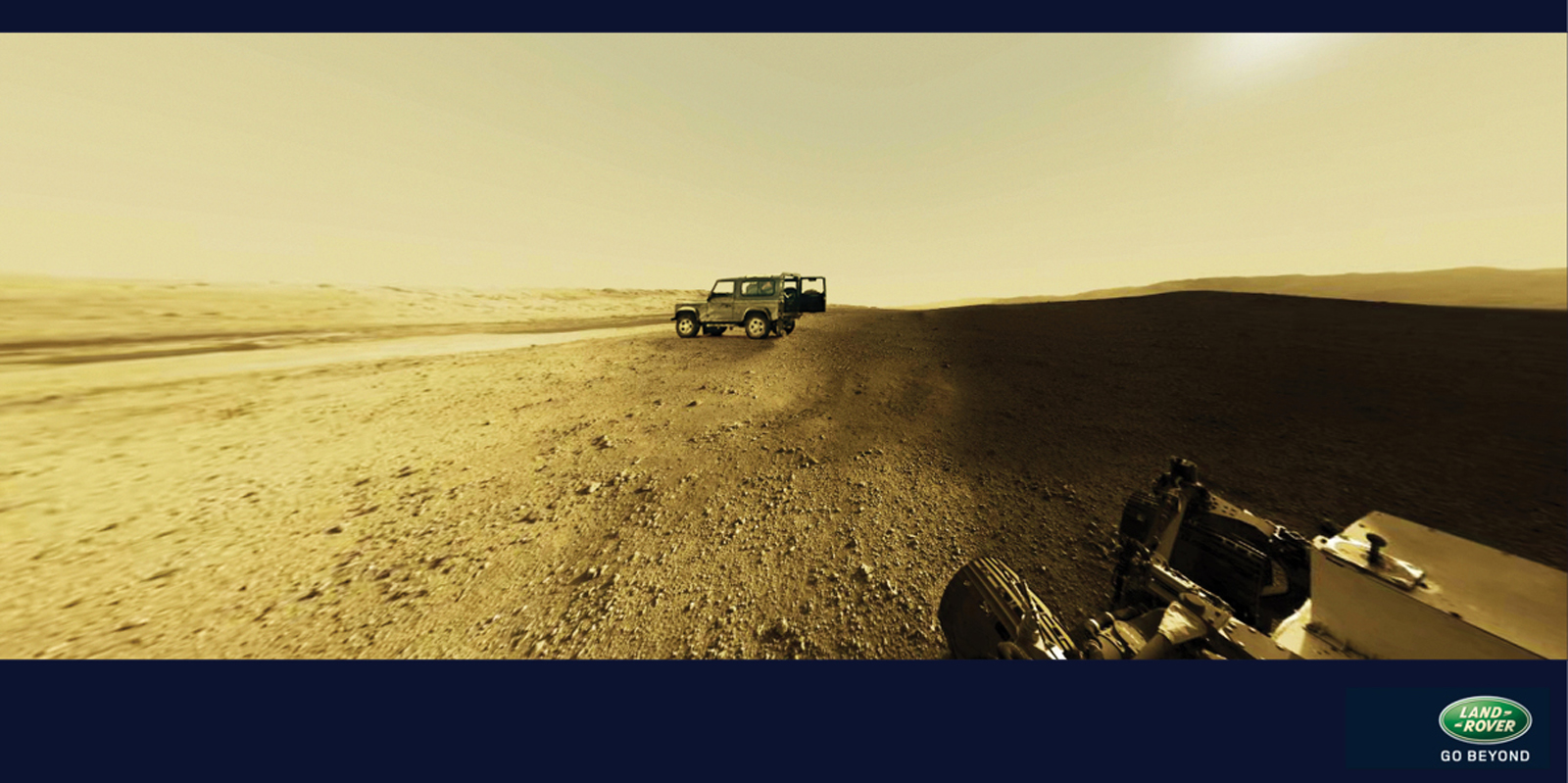 Print ad: Land Rover Defender: Curiosity meets Land Rover
