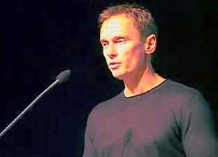 http://www.bestadsontv.com/files/thumbnails/2008/May/13804_Craig_still_1.jpg