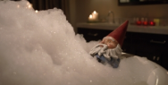 Travelocity: Bubble Bath